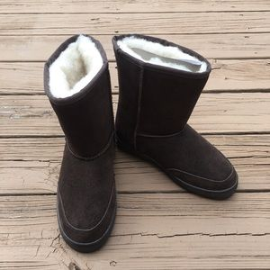 Plymouth Mocs winter boots